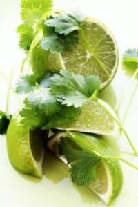 Zitrusfrüchte enthalten Säure
